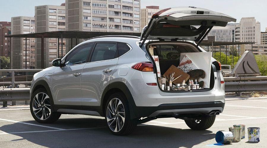 """De sedán a SUV: La selección que debes hacer con Hyundai Tucson<span class=""""wtr-time-wrap after-title""""><span class=""""wtr-time-number"""">3</span> min. lectura</span>"""