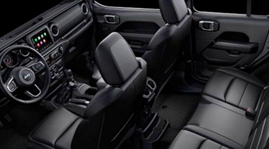 Elegante espacio interior en la Jeep Wrangler