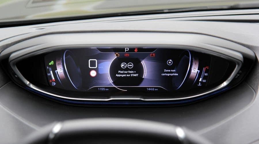 Conectividad e innovación de carros Peugeot