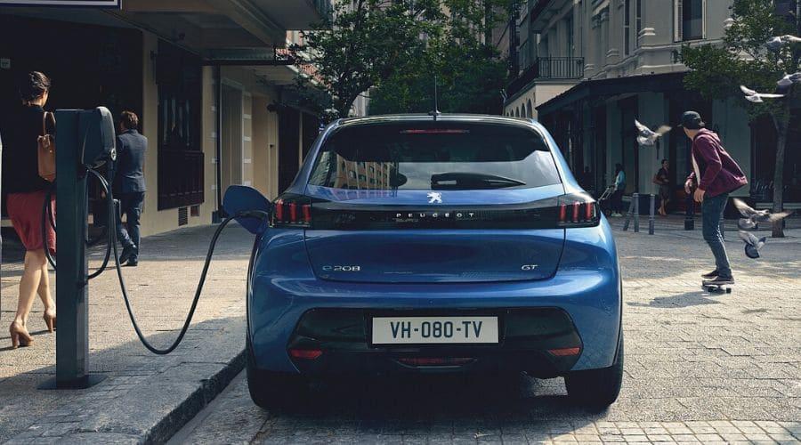 e-208 de Peugeot es eléctrico