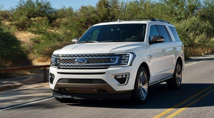 Potencia de las SUVs Ford: Transmisión Automática de 10 velocidades