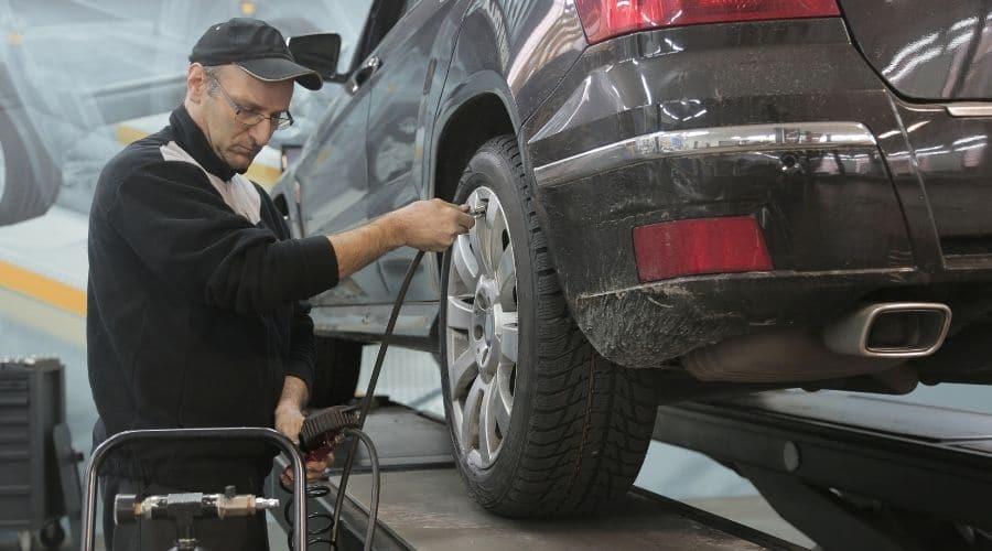 Servicio de mantenimiento alarga la vida de tu carro
