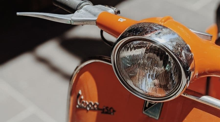 Historia motonetas Vespa comenzó 1945